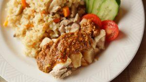 ライスも棒棒鶏サラダも満足のいくひと皿です!