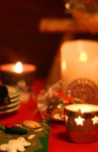 クリスマスはやっぱりロウソクの灯りが似合いますね!