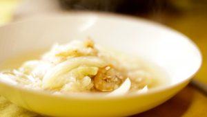 白菜がスープを優しく甘くしてくれます。煎り玄米のプチプチ感もいいですよ。