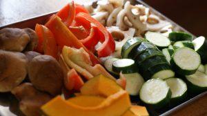 野菜は彩よく、お好みのものを合わせる。