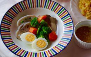 もちろん蒸し野菜にシーフードを添えてもよりおいしいですね!