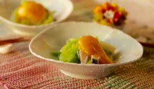 キャベツは茹でずに、蒸し煮するのがポイント!栄養分も逃げにくく野菜の甘さが味わえます!